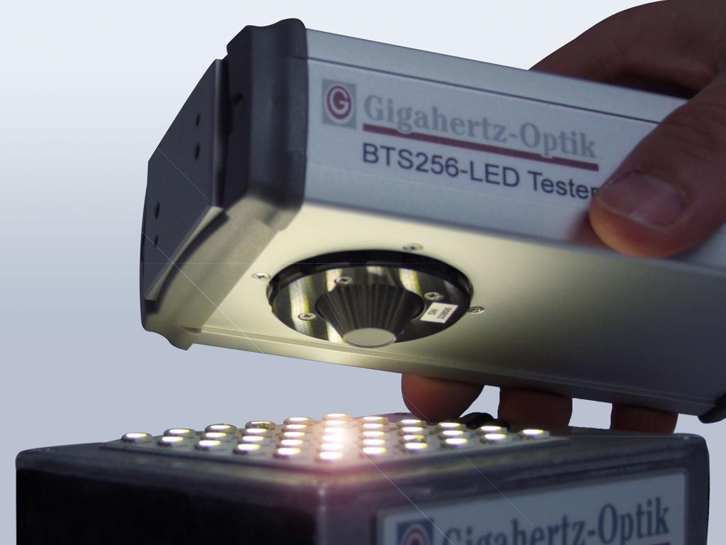 BTS256 LED Tester PR 1